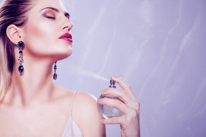 Cách chọn nước hoa nữ trung niên đơn giản mà hiệu qủa