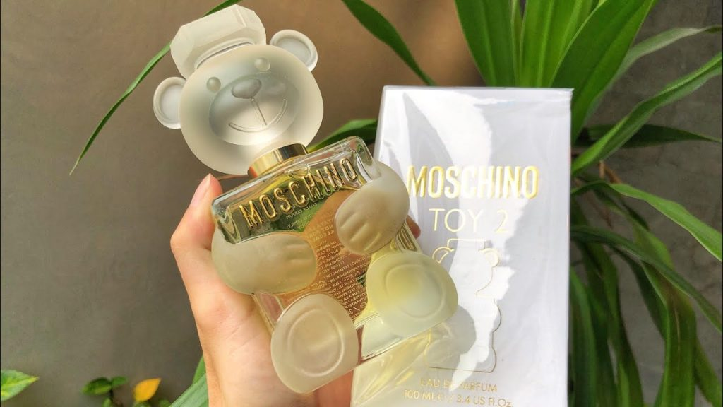 Nước hoa Moschino có thơm không? Giá bao nhiêu tiền?