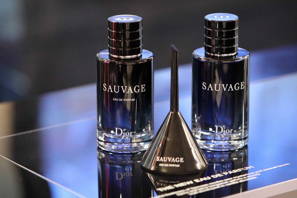 Nước hoa Sauvage thể hiện sự nam tính và mạnh mẽ