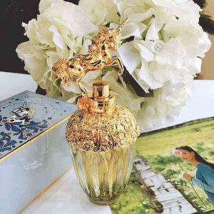 Bạn có biết nước hoa Anna Sui nào có mùi thơm nổi tiếng không?
