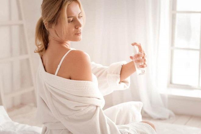 Cách sử dụng nước hoa Body Mist lưu mùi hương lâu nhất
